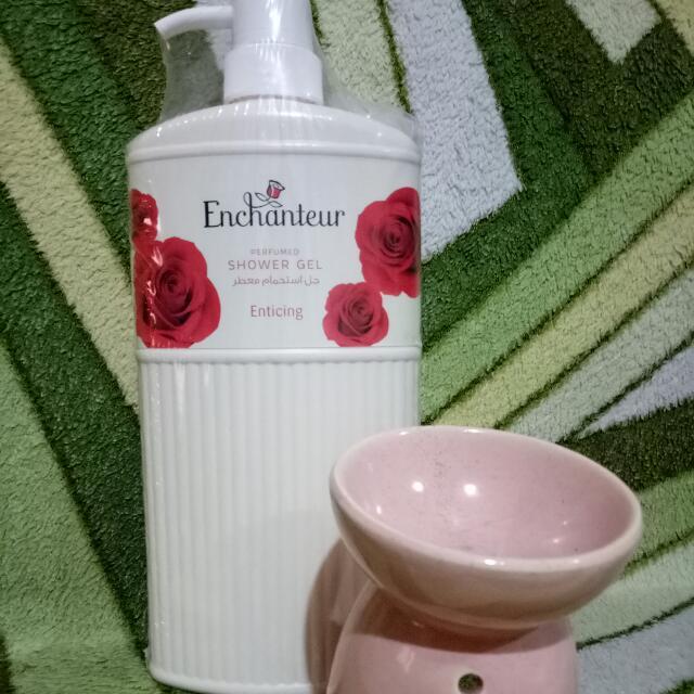 Enchanteur Shower Gel 550ml