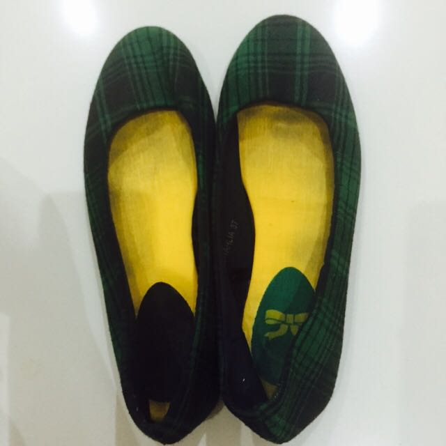 Green And Black Checkered Flat Shoes
