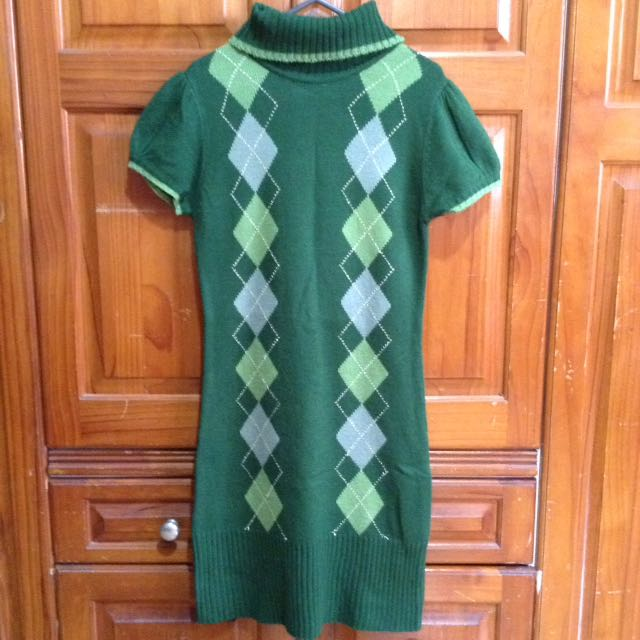 Repriced❗️Green Arygle Knit Dress