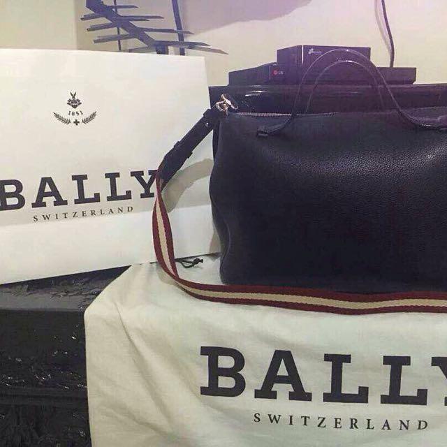 Handbag Bally Black Color