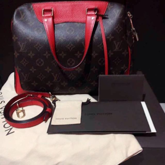 Handbag Louis Vuitton Red