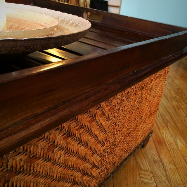 HomeSense Coffee table