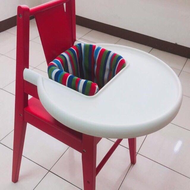 IKEA 紅色兒童木製餐椅