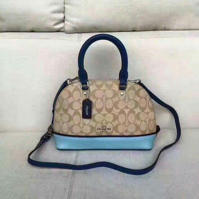 #K1632 COACH BAG