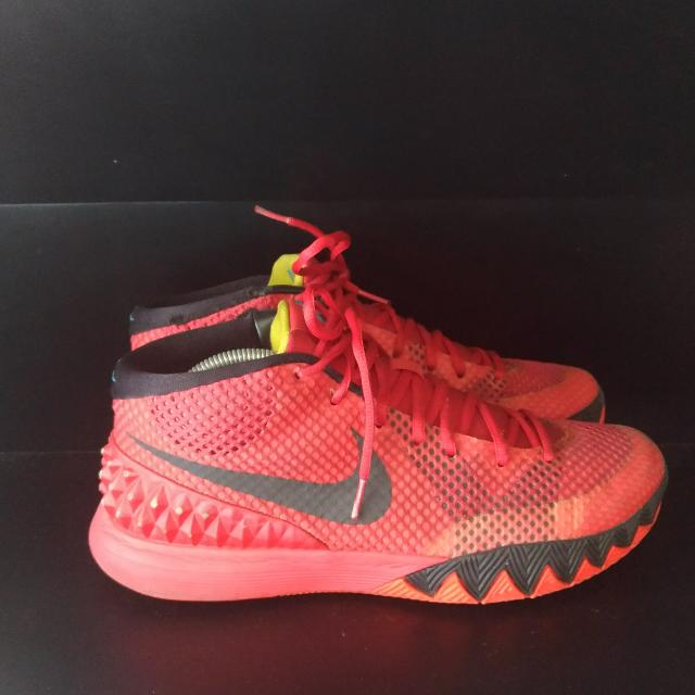 "Kyrie 1 ""Deceptive Red"""