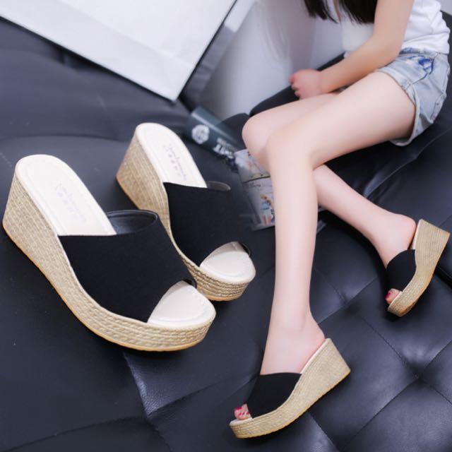 Ladies Stylish Sandals Thick Soles