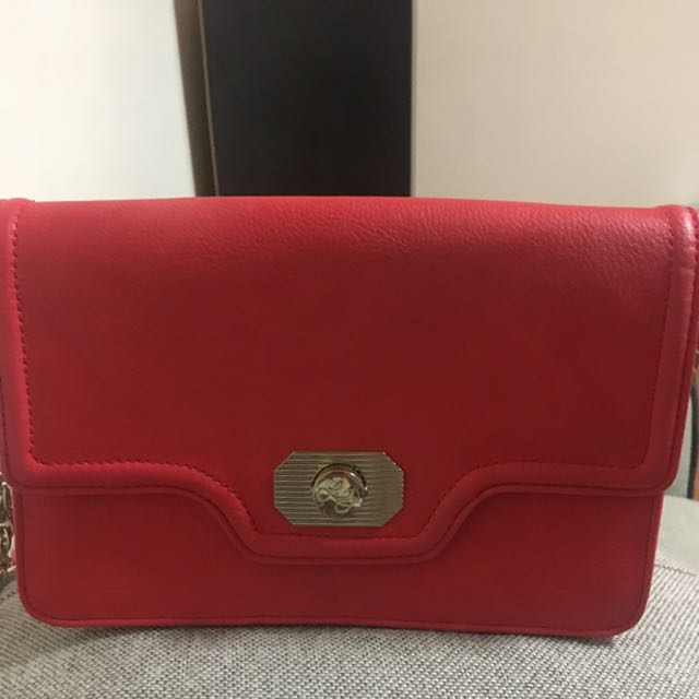 Leona Edminston Red Shoulder Bag ❤️