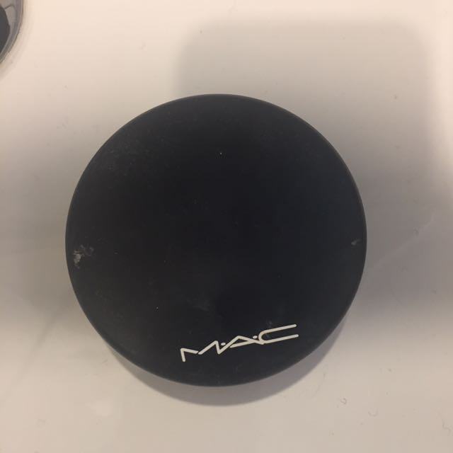 MAC mineralise Skin Finish Powder