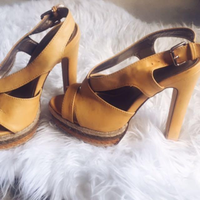 Matte Yellow Heels - Size 5.5