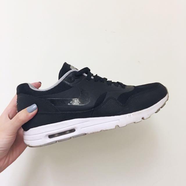 Nike Air Max 24.5 黑白