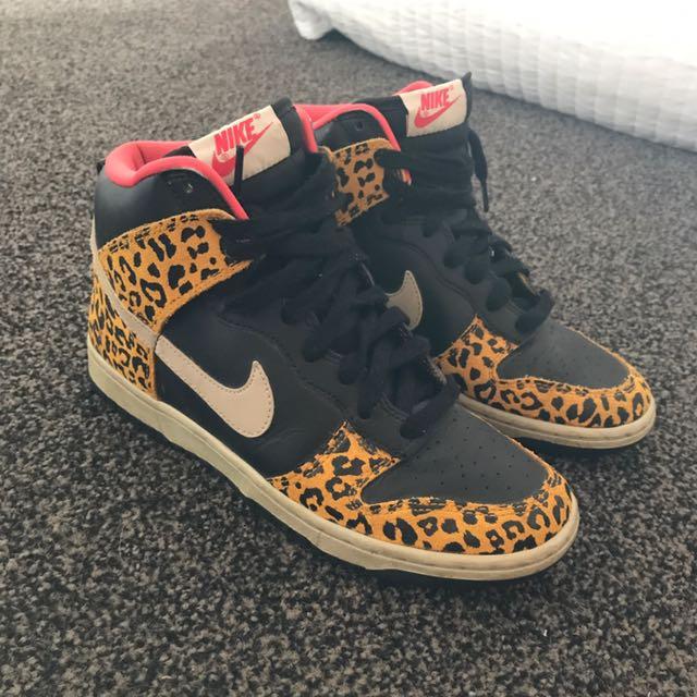 Nike Dunk Leopard Print High Tops Size 7