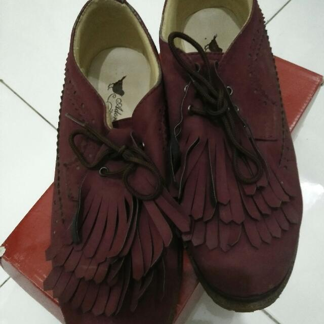 Oxford Maroon