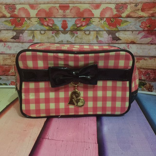 pouch black bow import