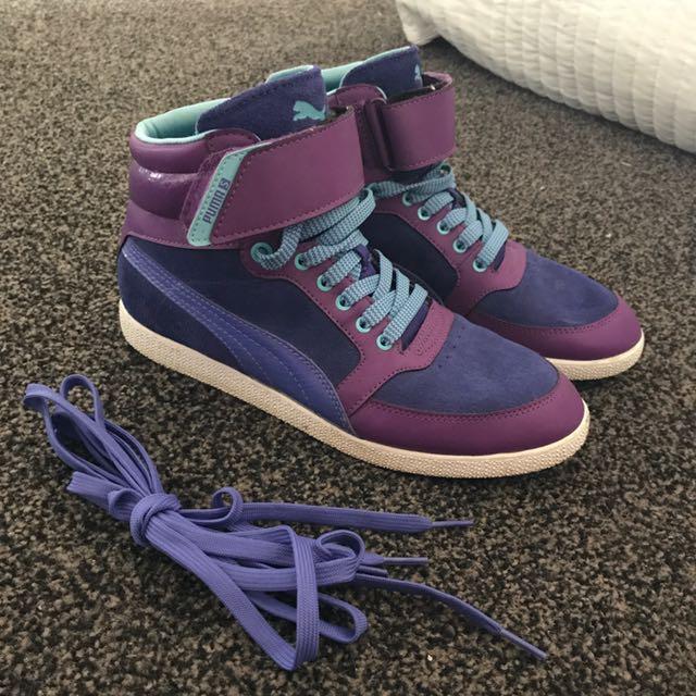 Puma Women's Purple High tops Size 7