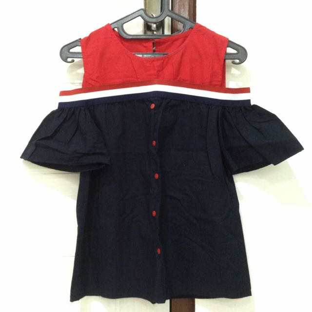 RED-NAVY SABRINA TOP