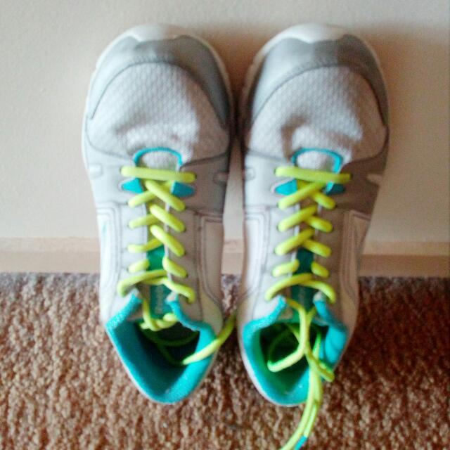Reebok Running Shoes - Size 9
