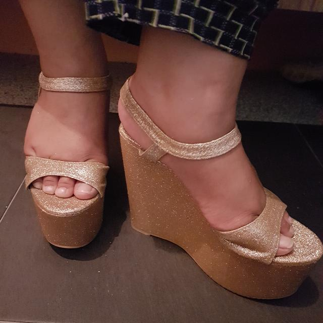 🔖Adhoc- (Rental) Sparkling Wedges Heatwave