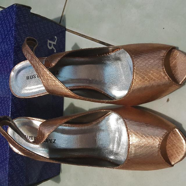 Rusty Lopez peep toe shoes