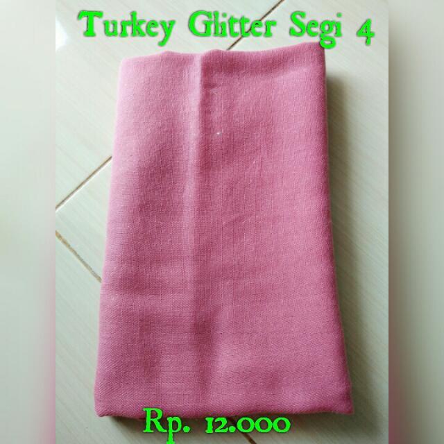 Segi empat turkey glitter