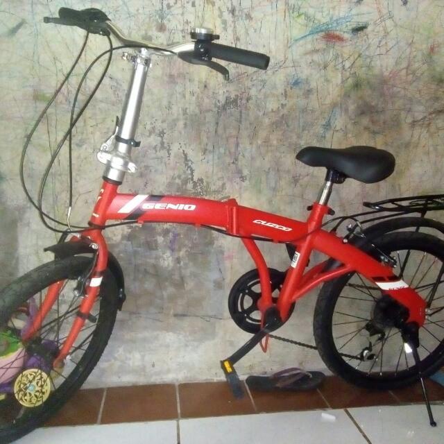 Sepeda Lipat Merah