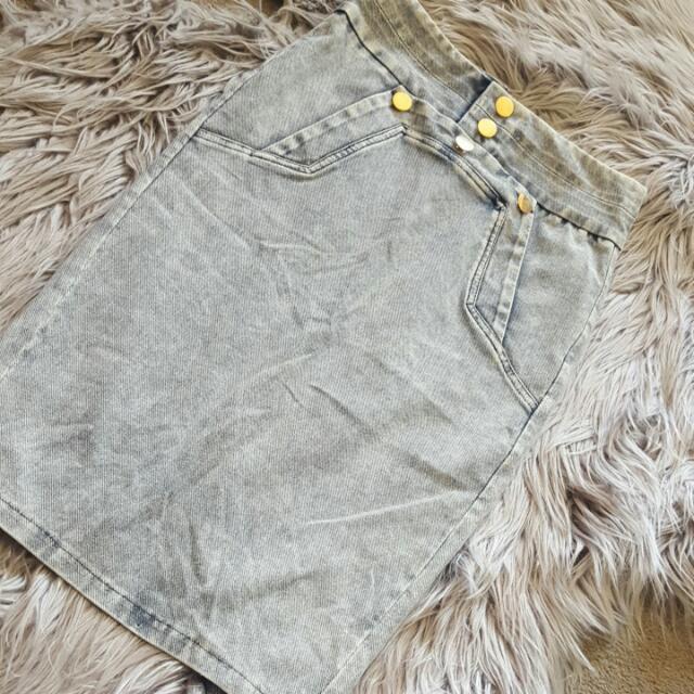 Size 8 Demin Skirt