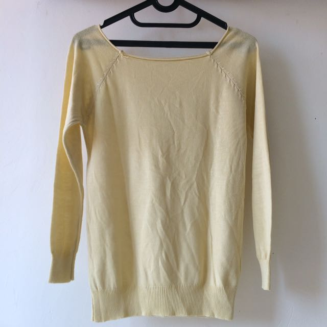 Soft Yellow Top