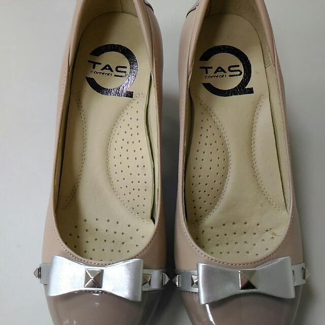#超取最好買#TAS 優雅粉膚蝴蝶結氣墊牛皮鞋