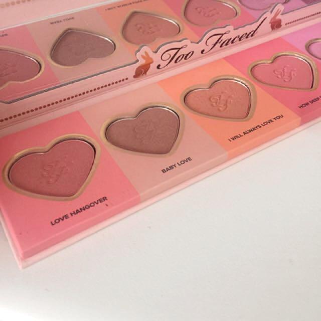 Too Faced Love Flush Blush Palette