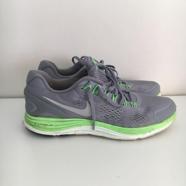 US10.5 Nike Lunarglide4