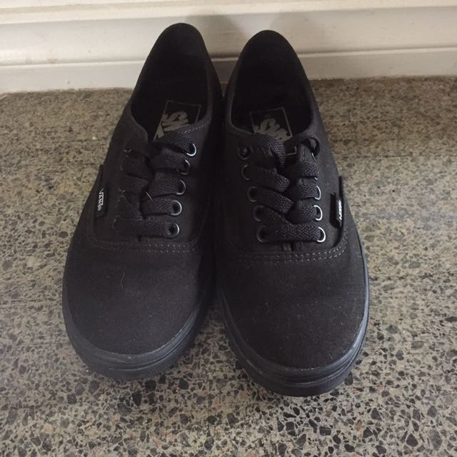 Vans Black On Black Original Sneaker Woman's 5.5 Size