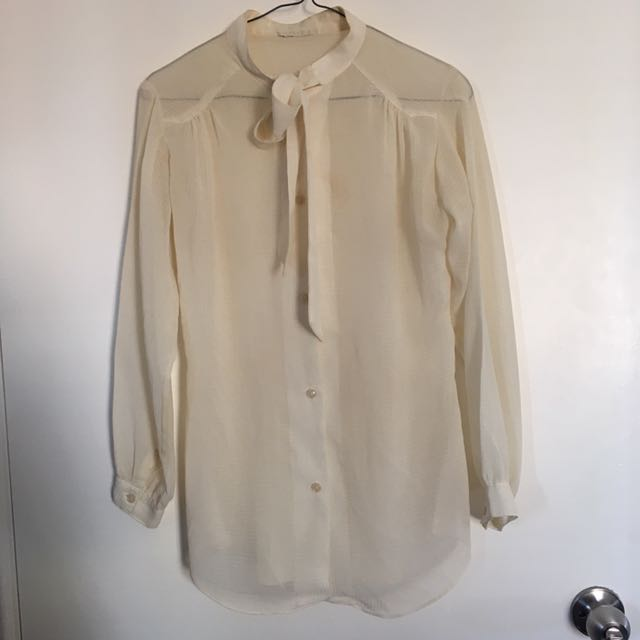 VINTAGE Sheer Pussybow Blouse