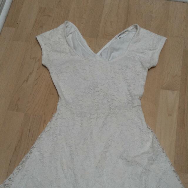 White Cross-back Floral Lace Dress