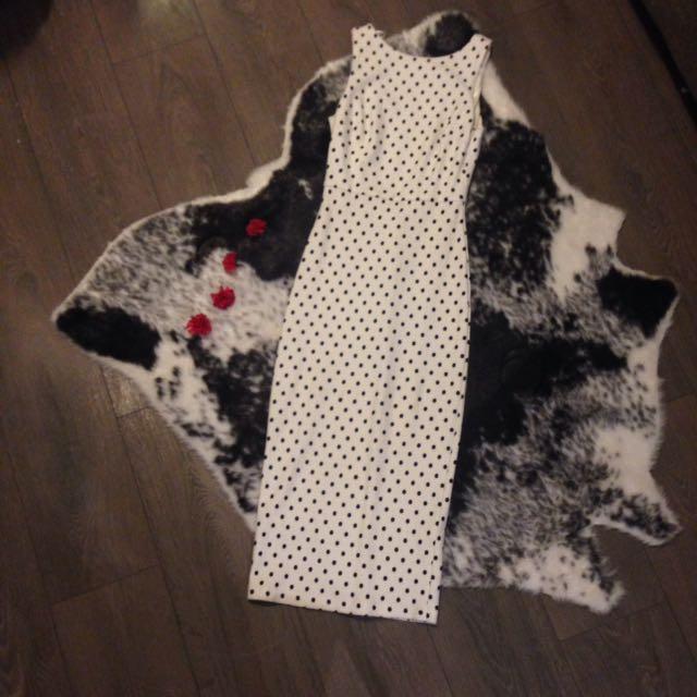 ZARA midi white polka dot dress