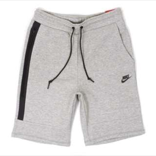 Nike Tech Fleece 科技棉 防水拉鍊 短褲
