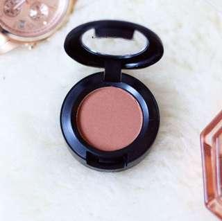 Mac Velvet Eyeshadow