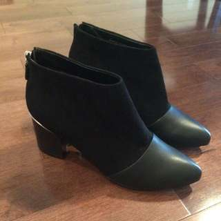 CHARLES & KEITH Black Booties