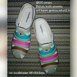 Sandal 003