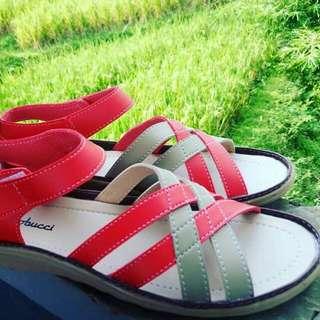 Sandal 004