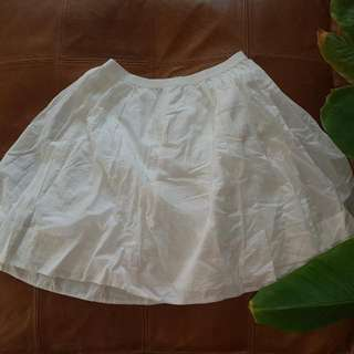 Uniglo White Cotton Skirt