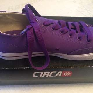 Purple Circa Casual Shoes Size 7.5