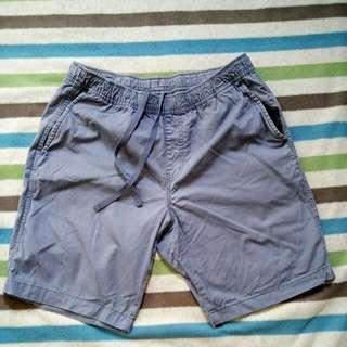 #兩百元短褲UNI QLO短褲