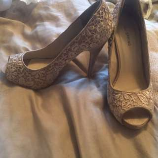Lace Nude Open Toed Shoes