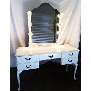 Makeup Mirror And Table
