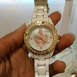 Che Che Watch