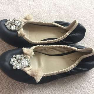 Mia Leather Flats Size 6.5