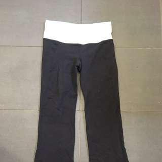 Lululemon 3/4 Loose Pants Black Size 2