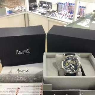 🚚 精選推介‼買即送Arbutus鎖鑰包‼裝正品貨️Arbutus愛彼特 鏤空手動機械男表,44mm不銹鋼外殼,寶籃色真皮表帶,銀色立體刻度,藍寶石鏡面,50米防水,全球聯保兩年 #我有手錶要賣