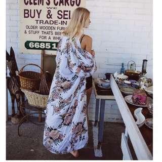 IN SEARCH OF - Arnhem Bowerbird Kimono