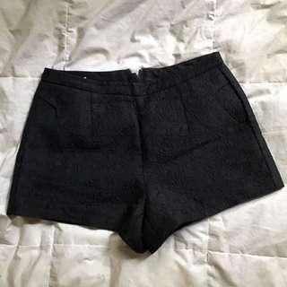 Black Short 2