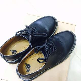 極新 黑色馬丁鞋 非dr. Martens 23.5/37/uk4